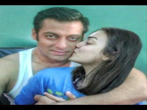 Salman Khan Kissed By A Female Fan