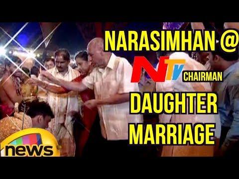 Governor Narasimhan Attends NTV Chairman Narendra Choudary's Daughter Rachana Marriage | Mango News