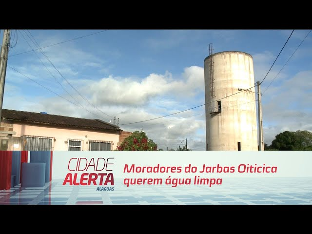 Moradores do Jarbas Oiticica querem água limpa nas torneiras