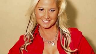 10 Hottest WWE Divas Who Did Porn