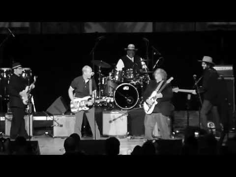 "Wayne Kramer Performs - ""Kick Out the Jams"""