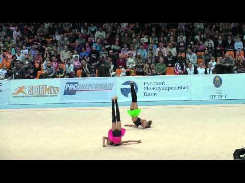 Художественная гимнастика. Дина и Арина Аверины