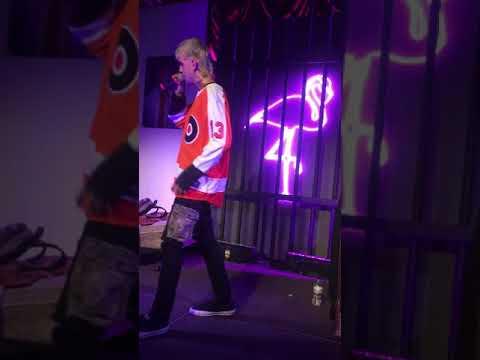 "Lil Peep - ""Drive By, Benz Truck, Girls"" LIVE - 10-30 @ The Fillmore, Philadelphia"