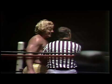 Nick Bockwinkel Vs Ricky Morton (Houston July 2, 1982)