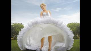 Spinning Bride at Peel Manor House
