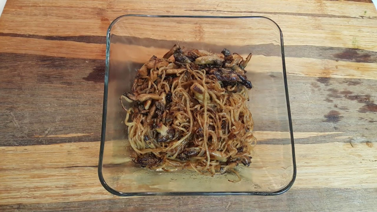 Making Pan Fried Chow Mein With Miracle Noodle Shirataki Pasta