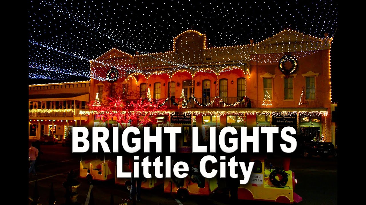 Christmas in Canton | Famed Small Town Square Decked Out in Lights & Christmas in Canton | Famed Small Town Square Decked Out in Lights ... azcodes.com