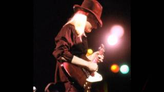 Watch Johnny Winter Close To Me video