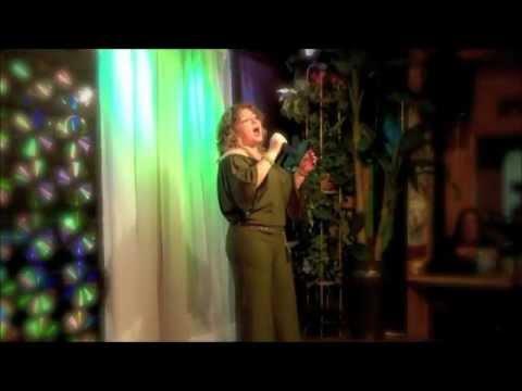 Albertas karaoke en Wilmington CA.wmv