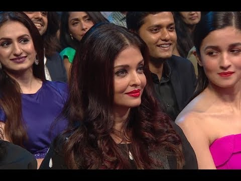 Salman Khan flirts with Tv actresses In B Awards  2018 New year...So Funny