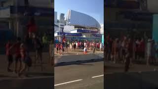 Чемпионат мира по футболу 2018, Сочи, стадион Фишт. Болельщики идут на матч Россия - Хорватия