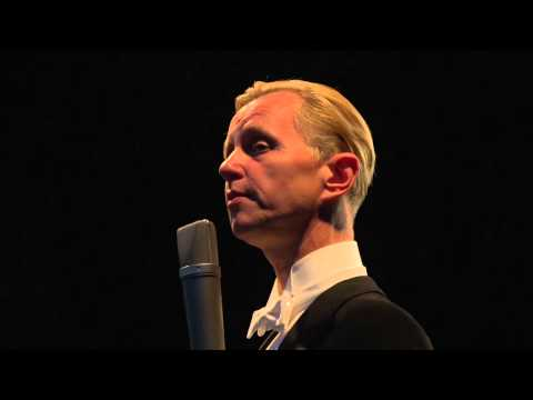 Max Raabe & Palast Orchester - What A Difference A Day Makes