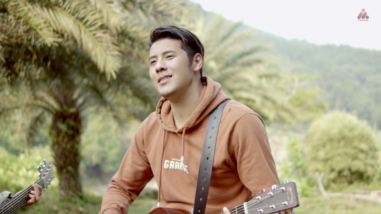 Download Chevra Papinka & Jovan Asbak Band - Bosan Dengan Waktumu (Acoustic Version)