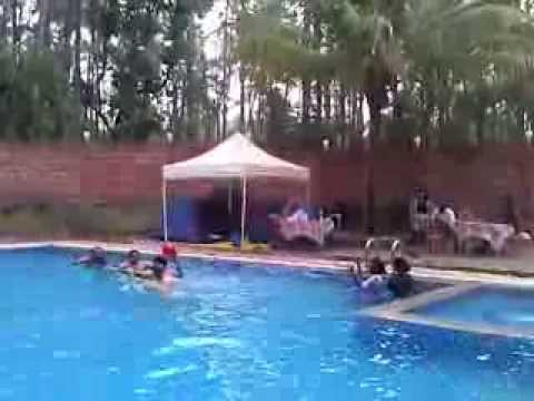 Before New Year Party England Lady Enjoying Swimming Pool Coorg Coffee Flower Resort Youtube