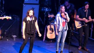 PETTY FEST - Norah Jones & Kristen Wiig - YOU DON'T KNOW HOW IT FEELS @ Fonda Theatre 09-13-16
