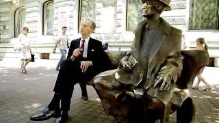 Ławeczka Tuwima, Jan Karski podczas wizyty w Łodzi w 2000 roku