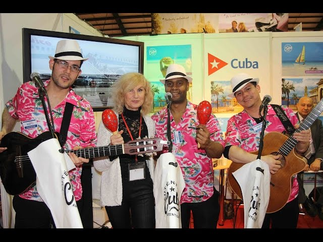 "Silvija Zalepugiene, Silvija Travel Tips, ir Havana Club Trio prie Kubos stendo ""Holiday World Show"""