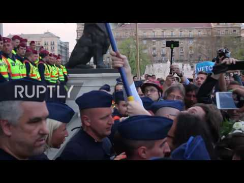 Hungary: Thousands protest against law targeting Soros-backe