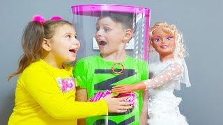 ALİ BEBEK OLDU 👶 Kids Play with New Big Baby Doll