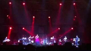 Gambar cover Shreya Ghoshal Live in London SSE Wembley Arena 'Zoobi Doobi'