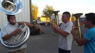 Me gustas mucho con tuba y charchetas y clarinete