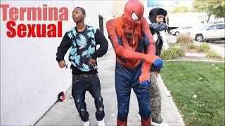 Spiderman drogado en publico (TERMINA SEXUAL)