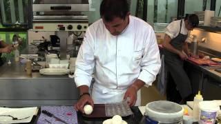 3 Michelin star Klaus Erfort makes a dessert