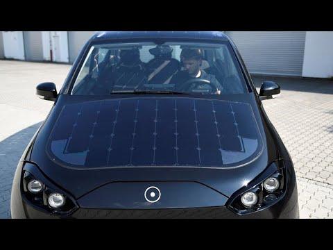فيديو: شركة ألمانية تطور سيارة تشحن نفسها بالطاقة الشمسية …  - 17:23-2018 / 8 / 13
