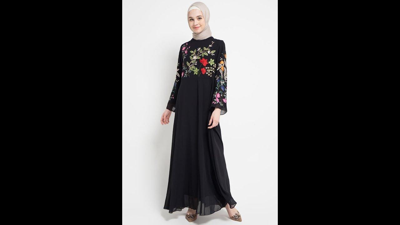 Model Baju Muslim Berwarna Hitam Yang Membuat Penampilan Tampak