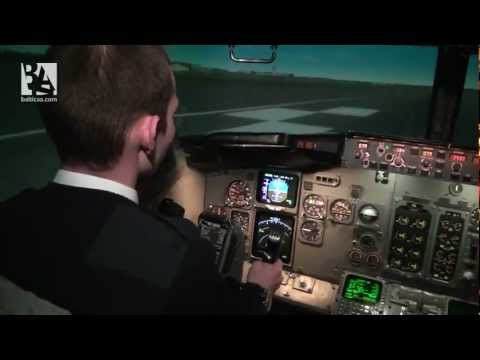 Becoming a pilot: Baltic Aviation Academy's students in Full Flight Simulator (Russian version)