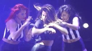 Selena Gomez - Slow Down - Stars Dance Tour Madrid