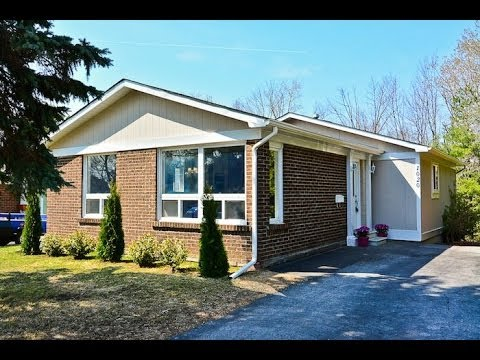 1020 Exeter St, Oshawa, home for sale