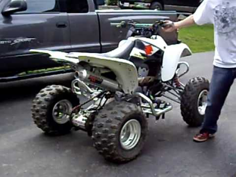 2004 suzuki z400 quadsport youtube rh youtube com Yellow Suzuki 250 ATV Suzuki ATV Sale