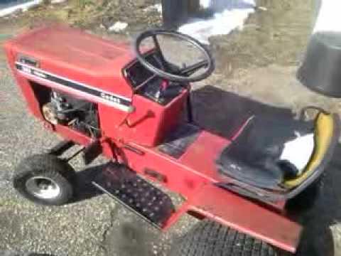 International Cub Cadet 382 hydrostatic drive lawn tractor
