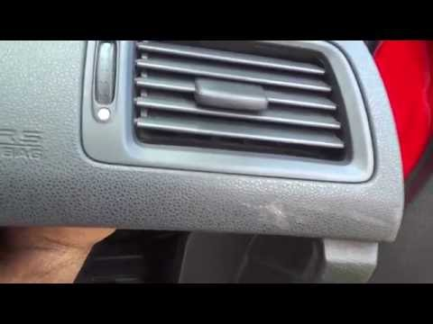 How To Remove Air Vents On A Honda Civic (8th Gen 2006-2011)