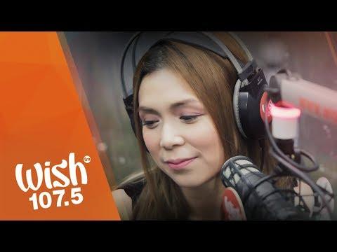 Nina performs