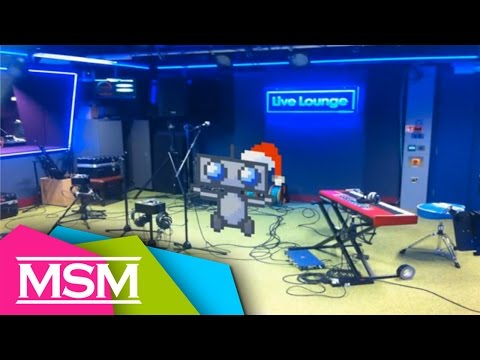 The Retrobot - Christmas Robot Radio 1 Live Lounge - Live Acoustic
