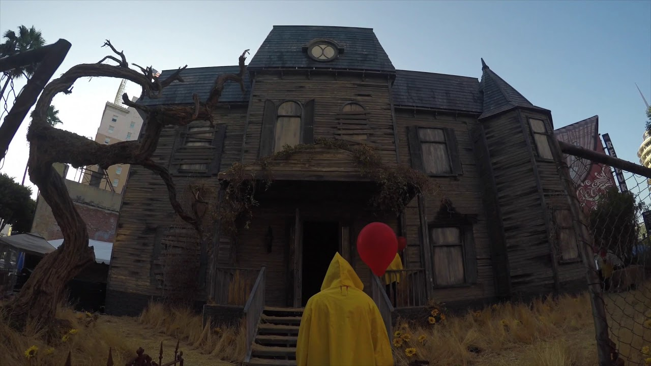 The It Experience: Neibolt House Hollywood - YouTube
