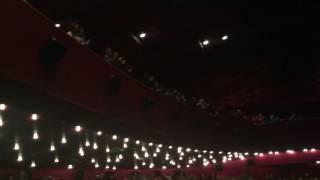 Землетрясение (2016) Реакция зала на фильм