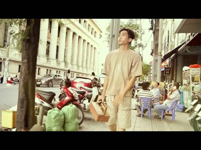 """Dương Thanh Vàng """"lộ"""" clip từng đi đánh giày"""