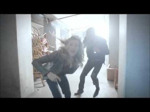 Arrow 4x14 Laurel and Captain Lance escape falling building scene