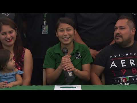 Yozary Gonzalez Signs Letter of Intent