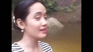 Woooo!! Edot Arisna Main Di Air Terjun