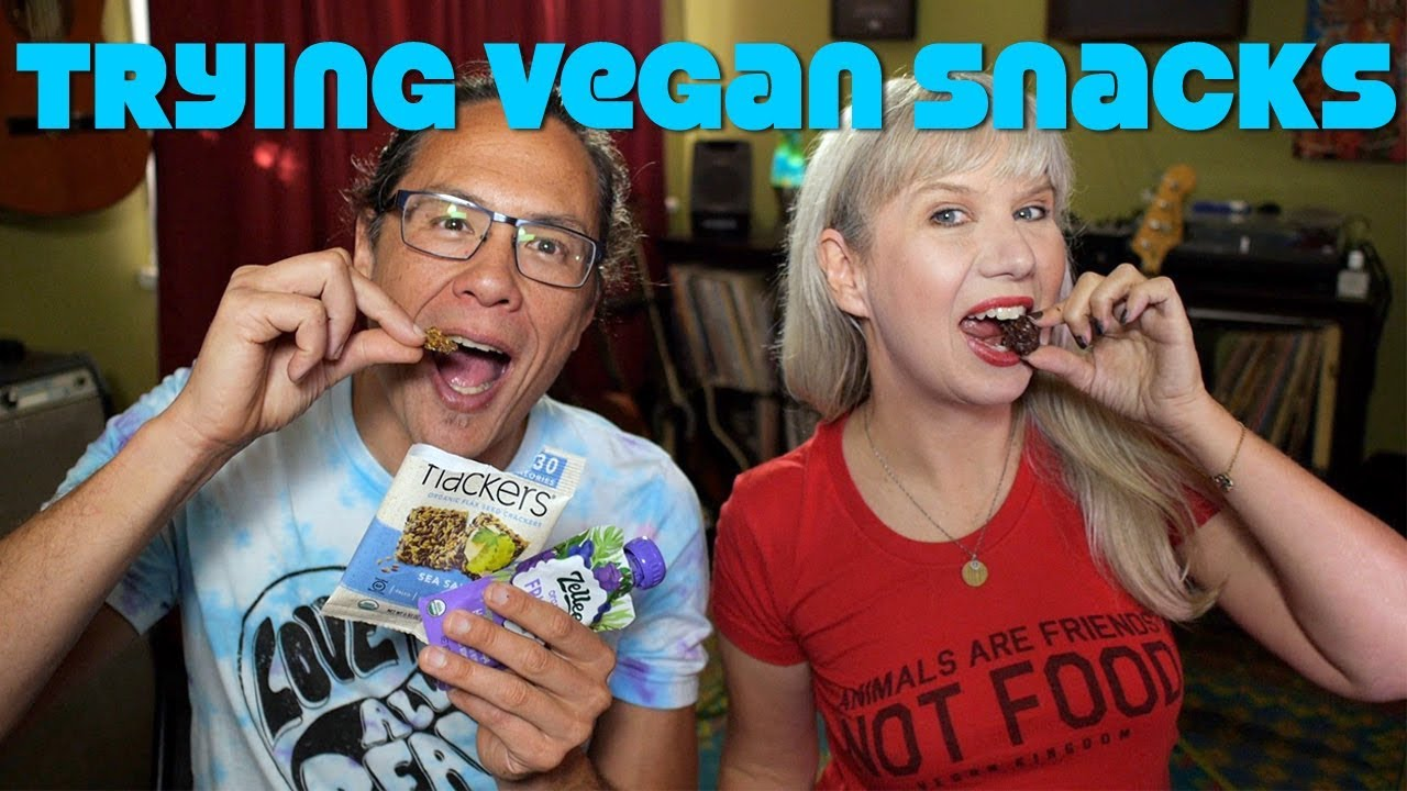 Unboxing & Trying Vegans Snacks: Best Chocolate + Nuts