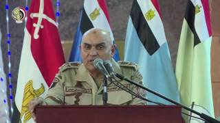 وزير الدفاع يتناول الإفطار مع مقاتلى الجيش الثانى الميدانى ويكرم المتميزين