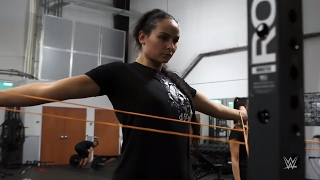Is 6 foot 5 champion kickboxer Katya Kavaleva a future WWE Superstar?