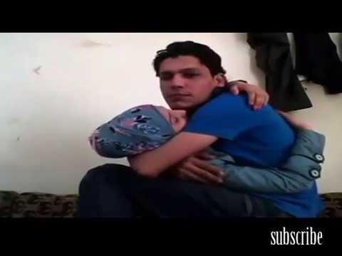 Hots sexcy arab en couple thumbnail