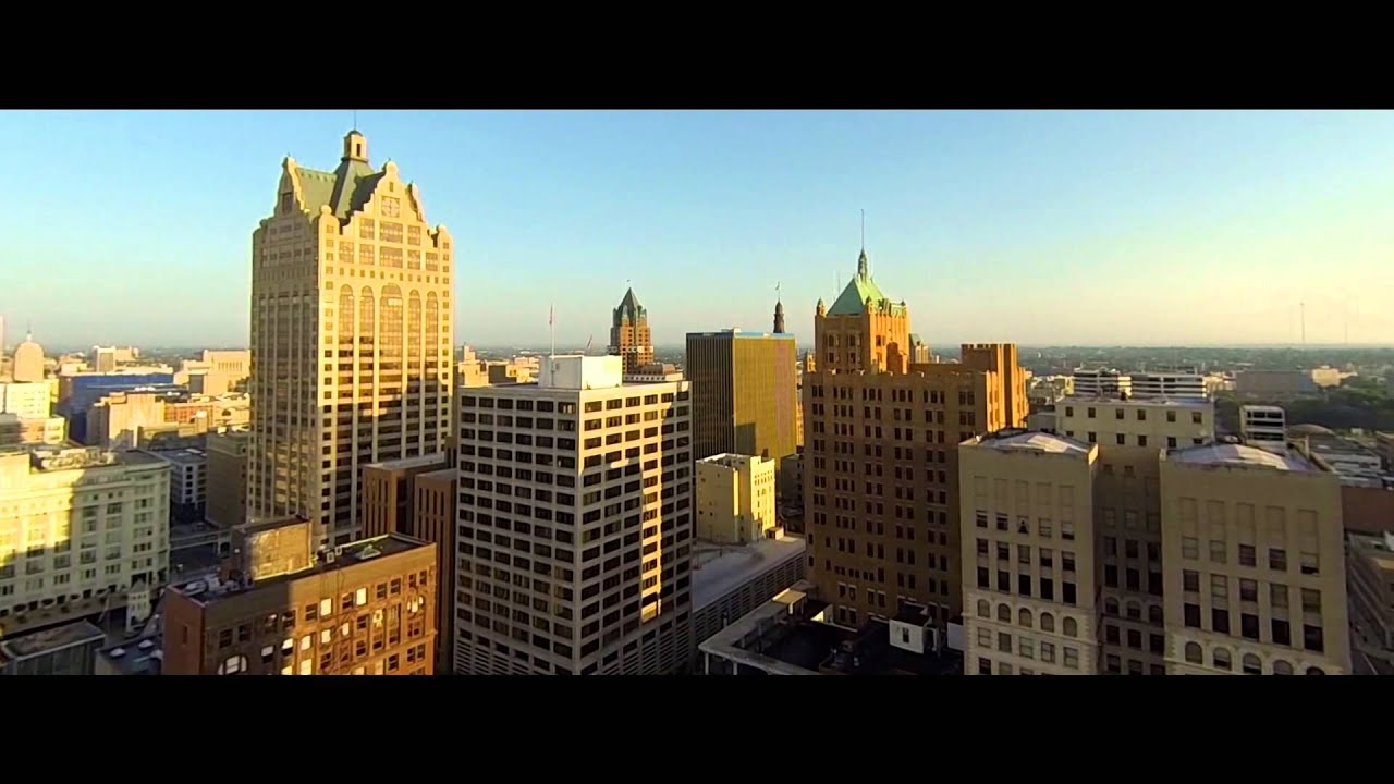 Aerial Shots Of Downtown Milwaukee Youtube