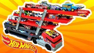 Супер-трейлер Hot Wheels, гоночный трек, машинки и другие подарки на день рождения Макса. Часть 1