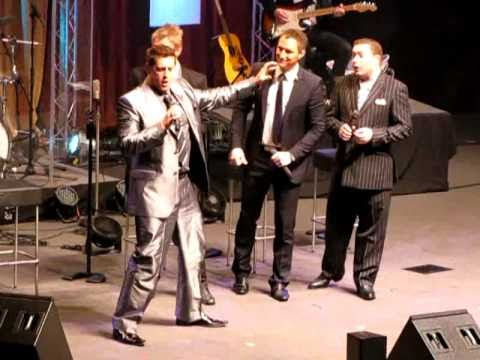 Ernie Haase & Signature Sound / Wayne Haun  (Can't Help Falling in Love) 01-21-11